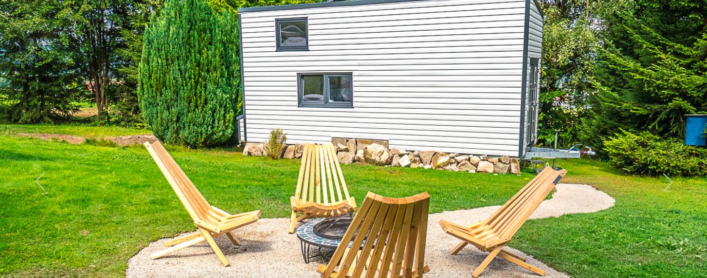 tiny house village im fichtelgebirge wohn blogger. Black Bedroom Furniture Sets. Home Design Ideas