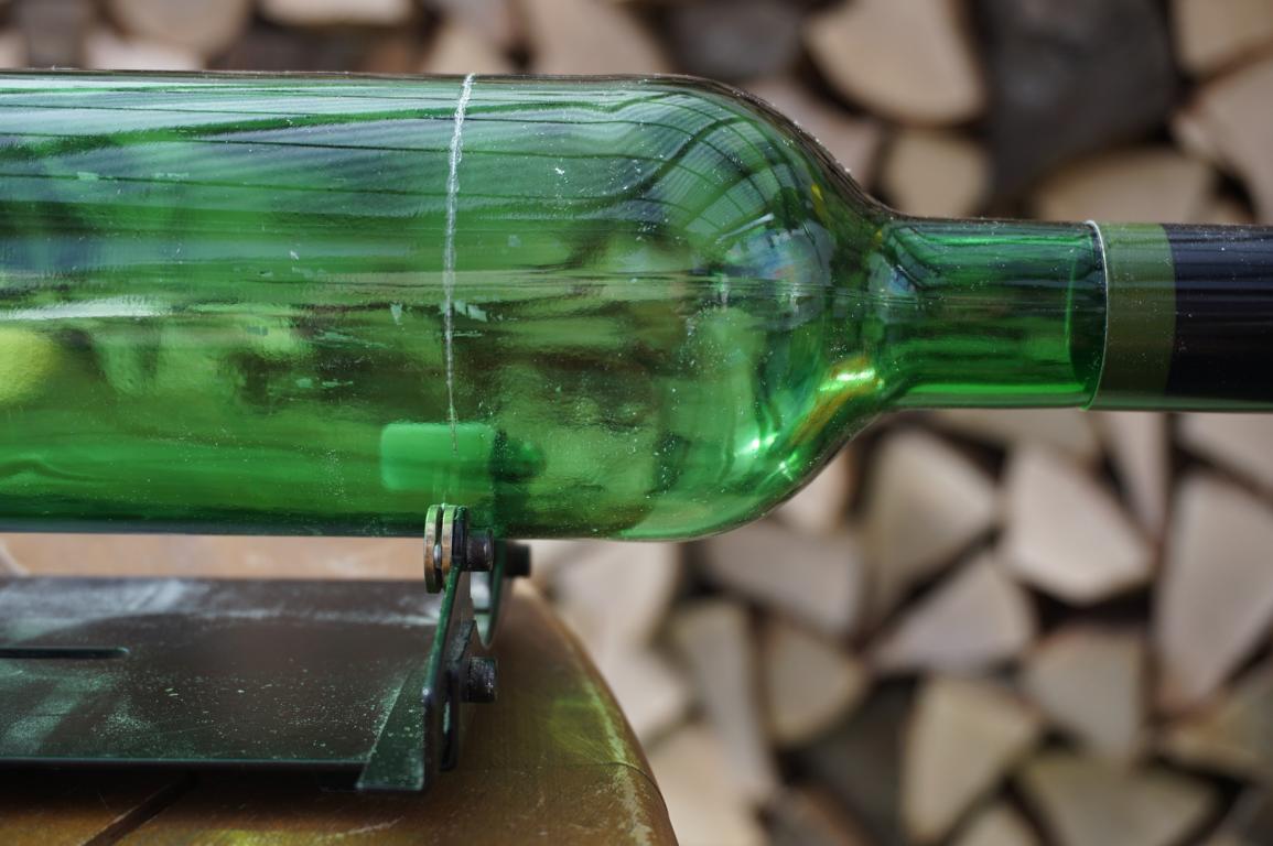 diy- weinflaschen schneiden und upcyceln