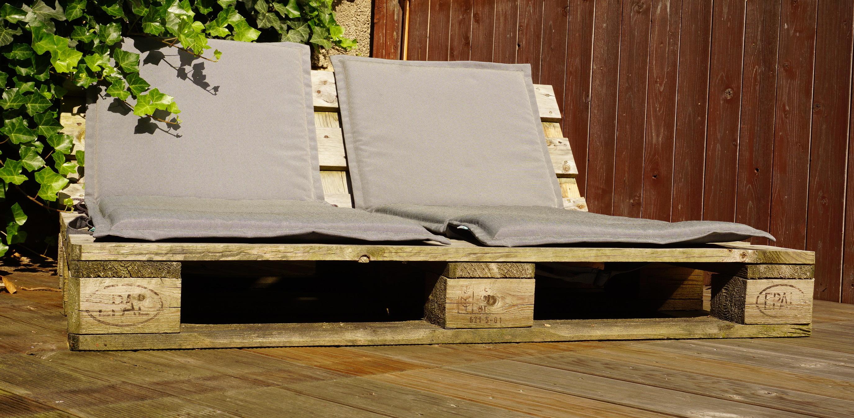 pallet lounge DIY